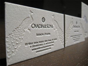 luxury-business-card-embossing-debossing-spot-uv-foiling-in-dubai-uae